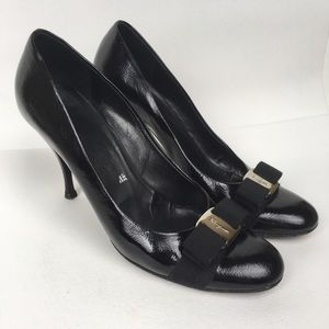 SALVATORE FERRAGAMO Sz 8.5 Black Patent Leather